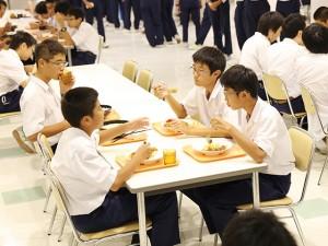 三心館(食堂)4